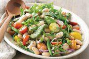 سالاد سبزیجات با کینوا سه رنگ و لوبیا