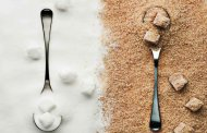 شکر سفید یا شکر قهوه ای؟