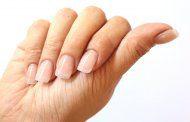 ناخنهای شکننده در اثر مواد شوینده و شیمیایی