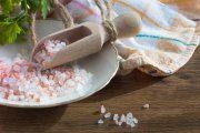 آیا مصرف نمک از کاهش وزن جلوگیری می کند؟