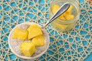 پودینگ نارگیل و آناناس با کینوا