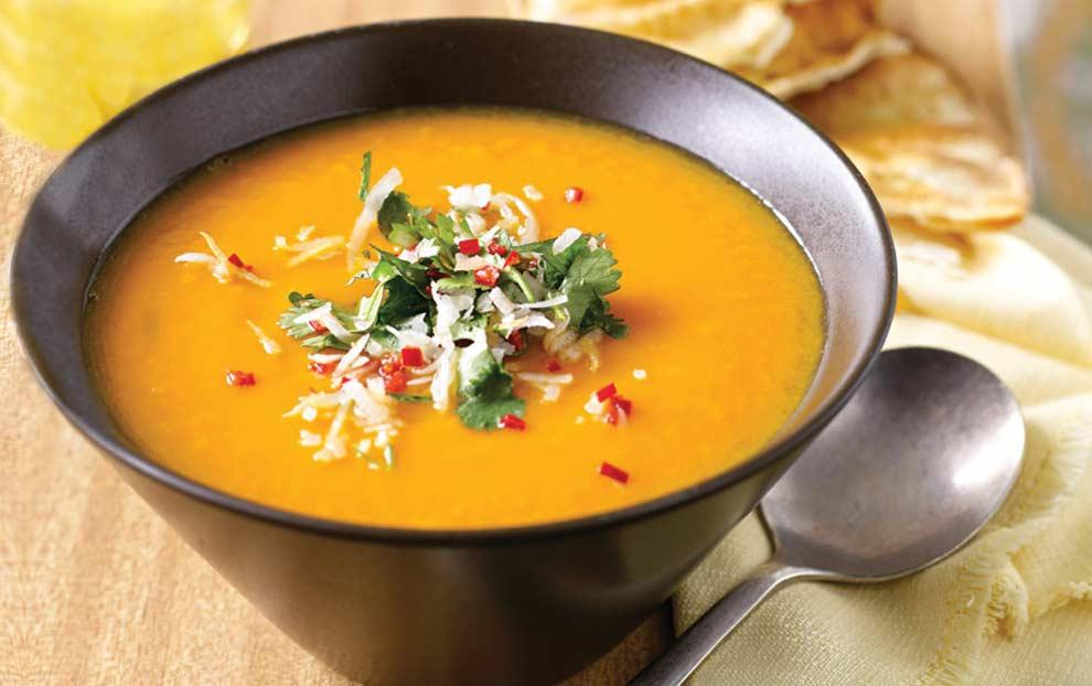 سوپ جو دو سر با گشنیز و ریحان