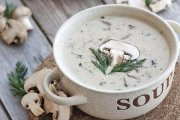 سوپ جو دو سر پرک با قارچ