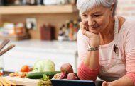 سبزیجات از سفت شدن رگ های گردن و قلب در زنان سالمند جلوگیری می کند