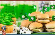 بازیکنان حرفه ای فوتبال چه مواد غذایی مصرف می کنند؟